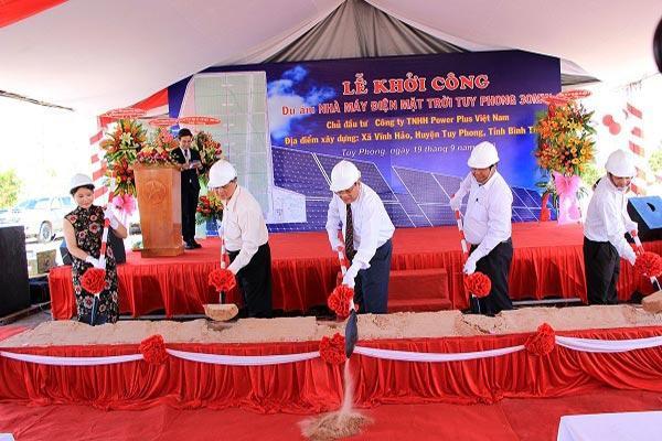Khởi công nhà máy điện mặt trời Tuy Phong