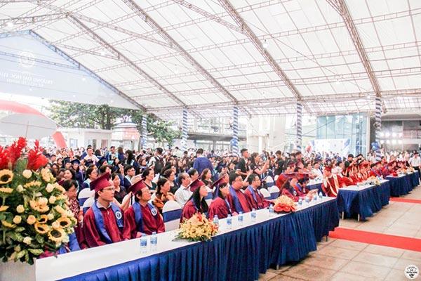 Lễ tốt nghiệp 2018 trường DH Luật TPHCM