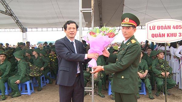 Lễ giao nhận quân 2018 tại Đông Hưng