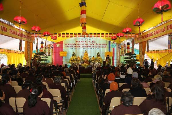 Buổi thuyết giảng tại chùa Vọng Cung