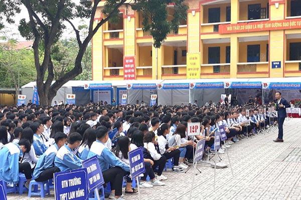 Ngày hội tư vấn giáo dục nghề nghiệp 2018 Hà Nội
